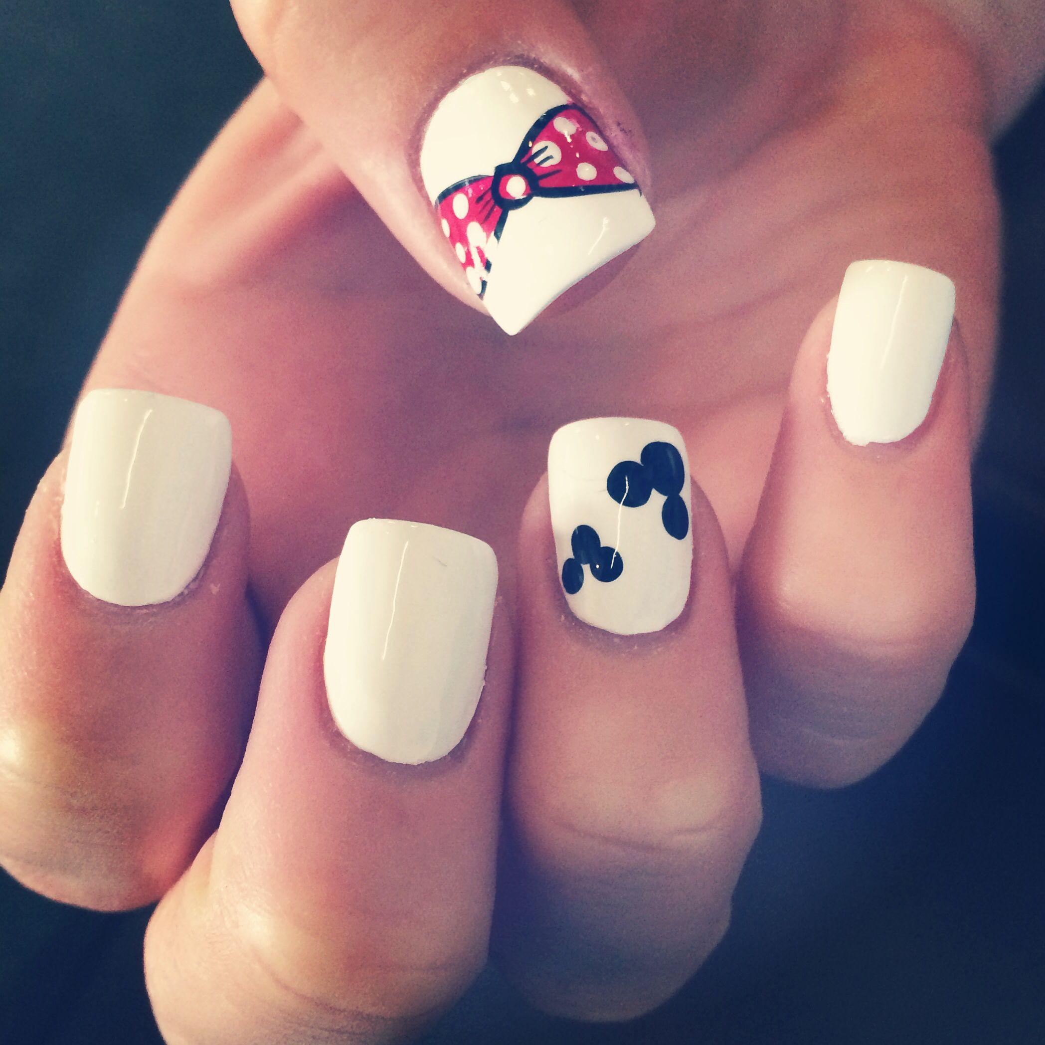 Disneyland nails :)   Disney   Pinterest   Disneyland nails