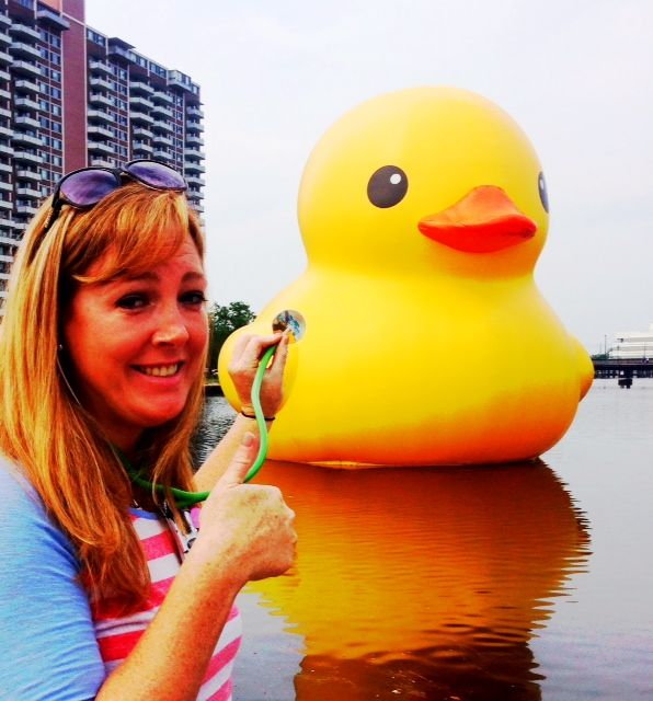 Dr. Carmack gave the @Chrysler Museum of Art Rubber Duck a thumbs up for today's check up!
