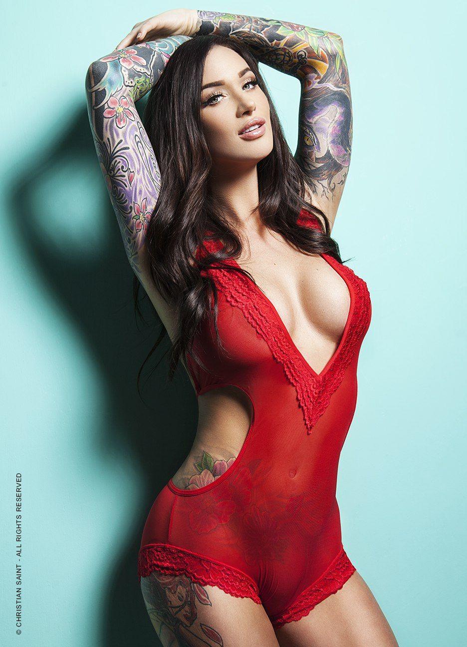 Toni braxton nipple slip