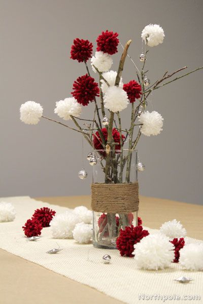 20 festive christmas centerpieces you can make yourself mops ideas pinterest christmas. Black Bedroom Furniture Sets. Home Design Ideas