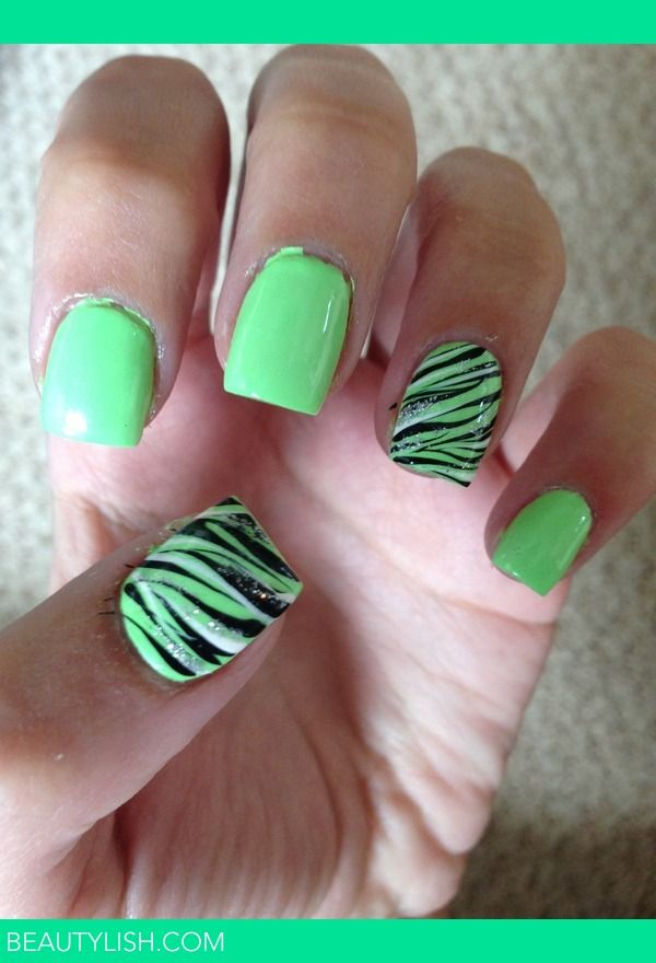 Minty Zebra In 2020 Green Nails Zebra Nails Green Nail Art