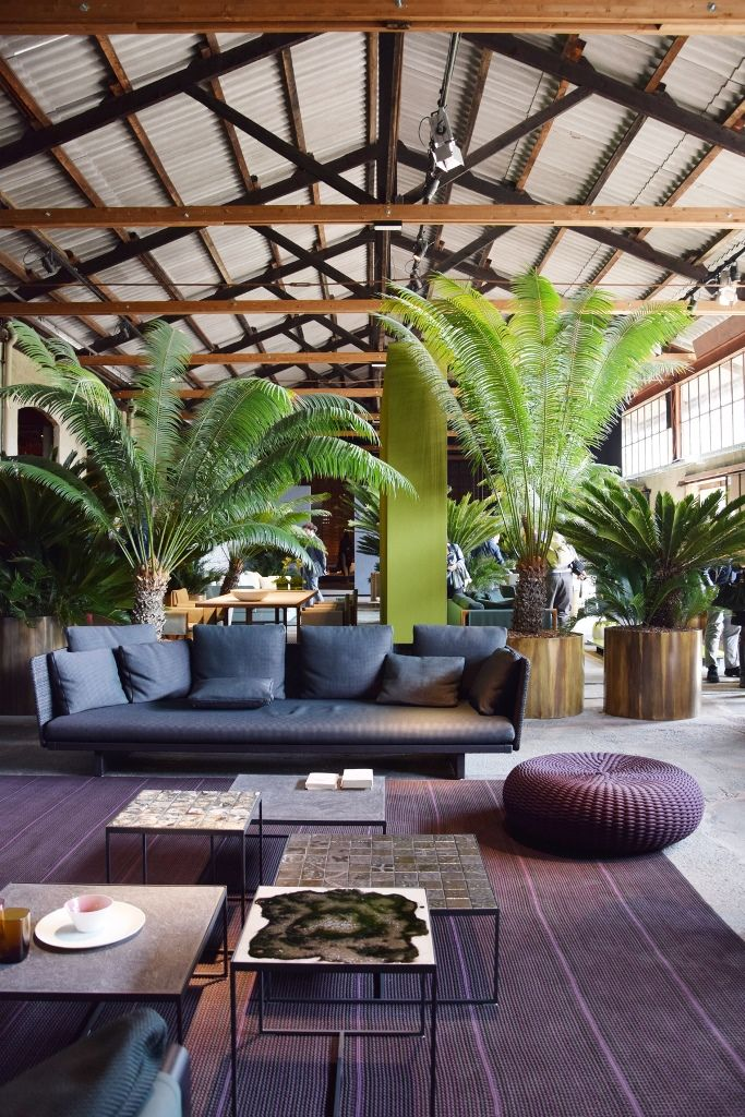 Paola Lenti presented its new collections in balance between indoor