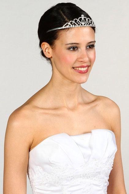 20 accessoires pour embellir la chevelure de la mariée in