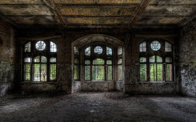 http://nedhardy.com/2013/01/02/the-eerie-and-melancholic-beauty-of-abandoned-places-32-pics/