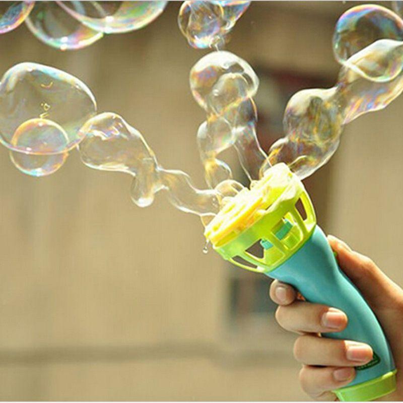 Caliente Juguetes Pistola de Burbujas Máquina de Burbujas Eléctrica Burbuja Automática Pistola de Agua Esencial En Verano Al Aire Libre Los Niños Juguete De La Burbuja Que Sopla
