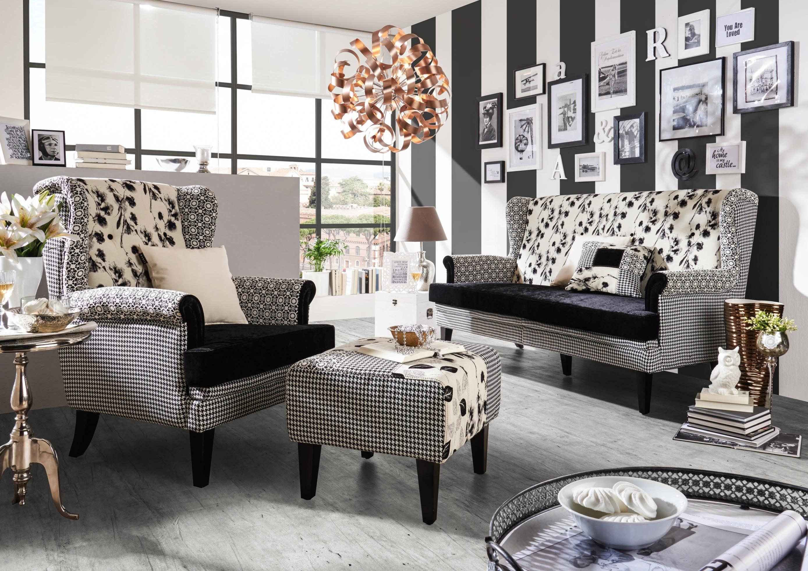 Ein Sofa Wie Aus Einer Anderen Zeit: Extravagant In Schwarz Weiß