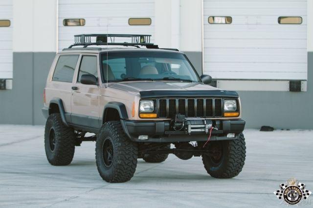 1999 JEEP CHEROKEE XJ SE Beautiful Garaged Sport Fresh Build 4x4 4WD SUV