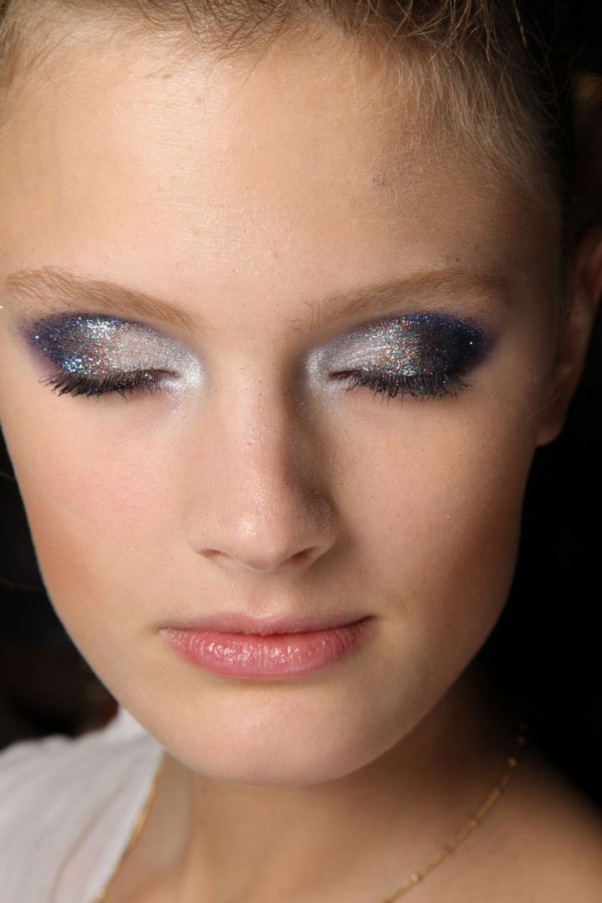 godblesscosmetics:    Constance Jablonski - Paco Rabanne Spring Summer 2012