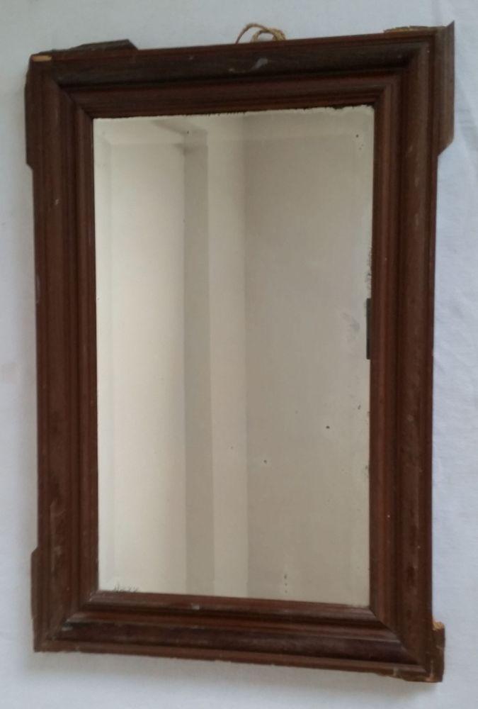 Verkaufe einen alten Spiegel mit einem Rahmen, den man sowohl als ...