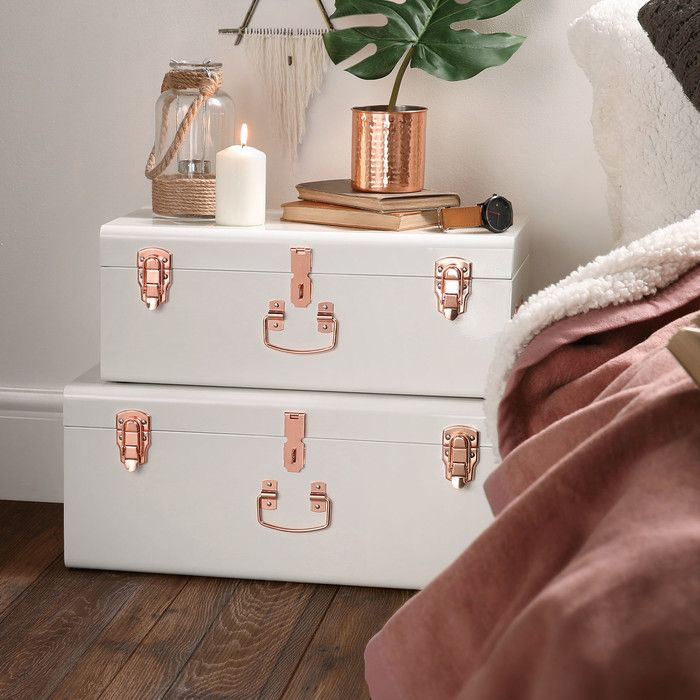 Features: -Perfect for storing bedding towels clothes shoes toys magazines paper documents and general bits and bobs. -Made from robust steel with on-trend rose gold clasps and handle. -Set Include