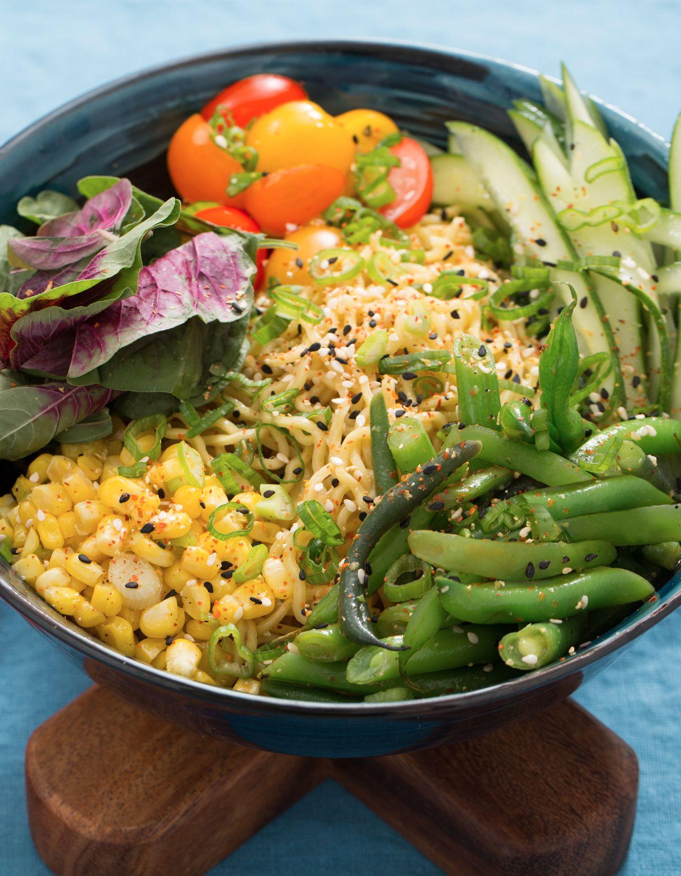 Blue apron ramen - Im Sommer Frische Ramen Nudeln Sci Fi Kochen Laub Cool Summer Blue Apron Veggie Dishes Healthy Foods