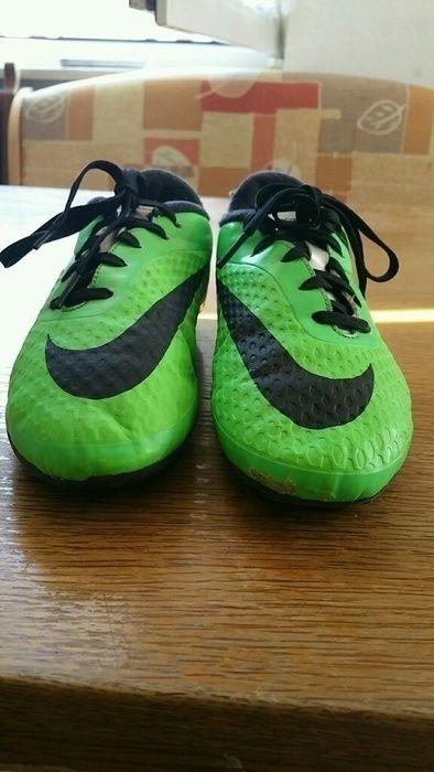 Nike Fussballschuhe Noppen Outdoor Rasen Gr 36 Neongrun