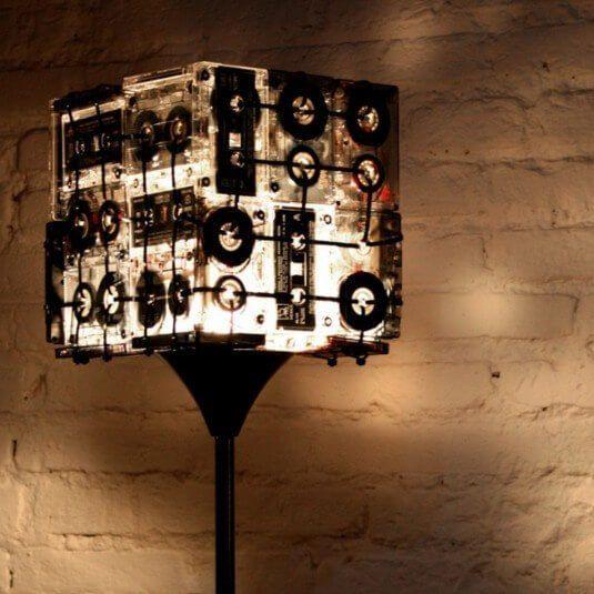 Fresh Au ergew hnliche Bastel Ideen die den alten Kassetten neuen Zweck geben DIY Lampe Check more