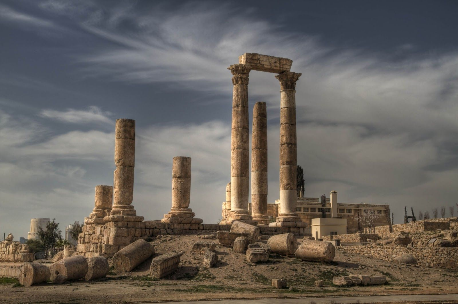 e0a8bf50bc6ee Israel with old ruins | PLACES: Israel in 2019 | Jordan travel, Holy ...