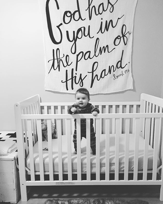 A Safe And Cute Way To Decorative Above Babies Crib In The