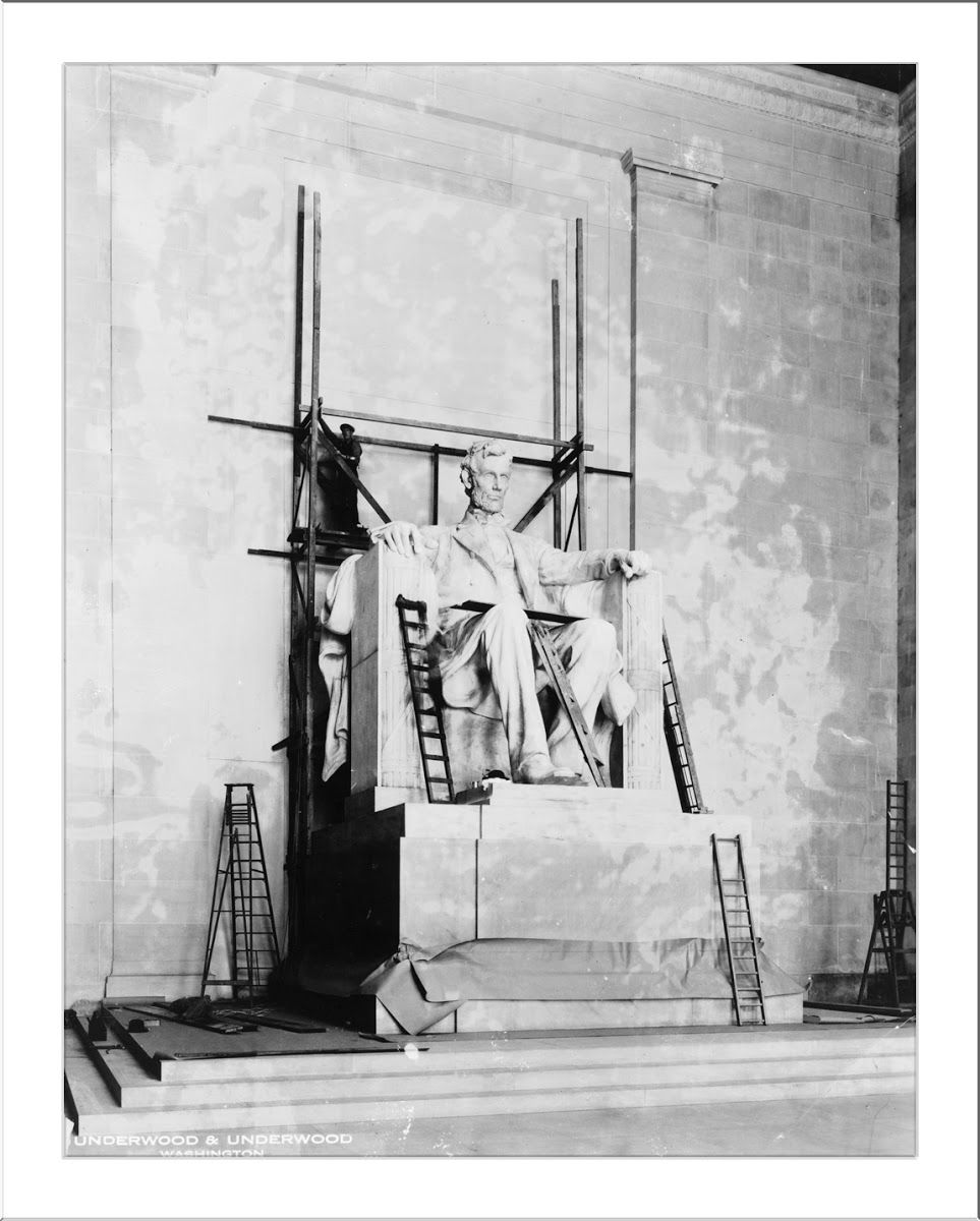 Lincoln Statue Under Construction In The Lincoln Memorial