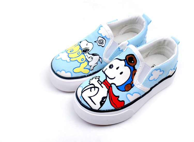Snoopy Cartoon Cute hand Painted Slip on Canvas Shoes b9699d933