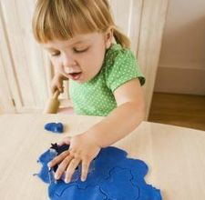 How To Reuse Play Dough After It Hardens With Images Homemade Playdough Playdough Kids