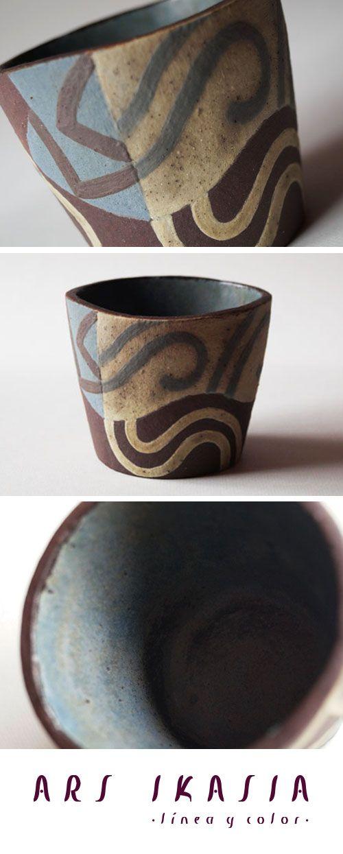 Brisa Ceramic Vase By Angelica Trejo Www Arsikasia Com Vase Ceramics Blue Line Contemporary Art Ceramic Vase Ceramics Vase