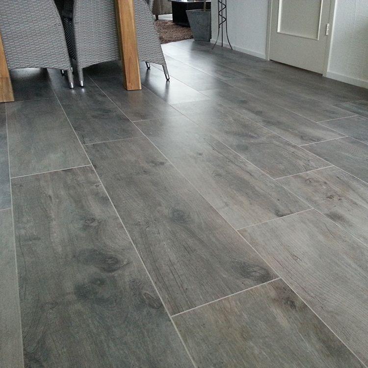 Afbeeldingsresultaat voor plavuizen houtlook grijs | Vloeren ...
