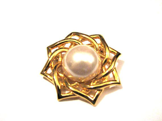 Large Vintage Napier Gold Tone and White Faux Pearl Star by ditbge, $12.00