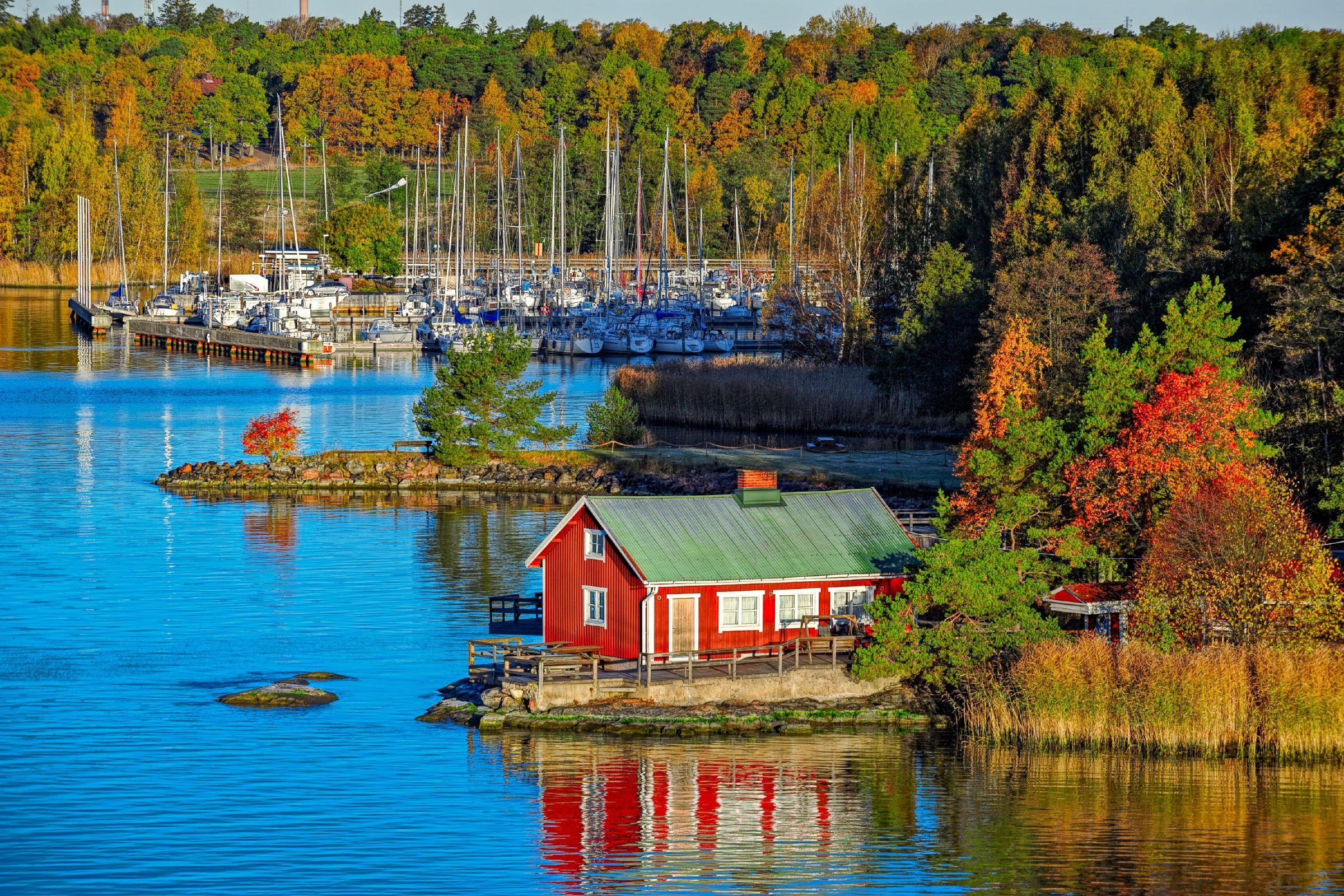 Autumnal Turku, Finland / ©Igor Grochev/Shutterstock