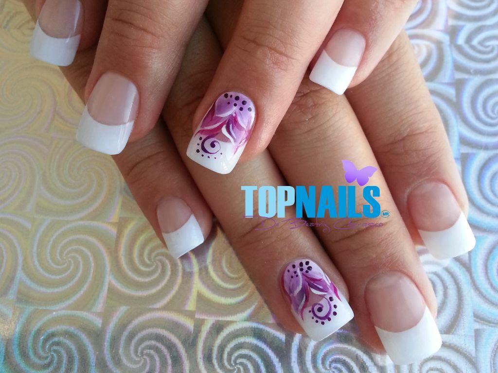 uas acrlicas francesas y decorado floral pintados a manoacrylic nails french and designs