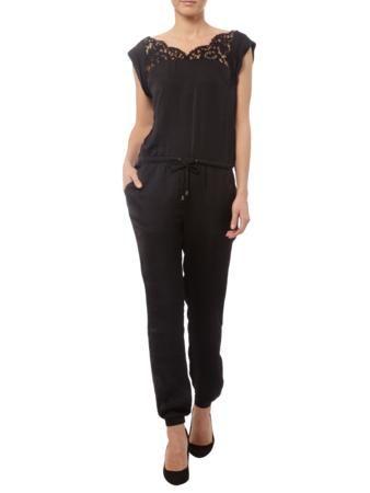 602e4a2ab804ce REVIEW Jumpsuit mit Besatz aus floraler Spitze in Schwarz | FASHION ID  Online Shop