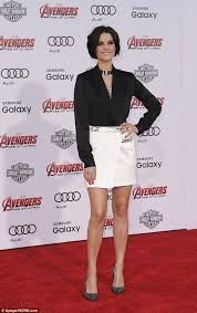 Image from http://i.dailymail.co.uk/i/pix/2015/04/15/11/278CD09500000578-3038194-Red_carpet_walk_Jaimie_attended_the_movie_premiere_of_Avengers_A-a-44_1429094937299.jpg.