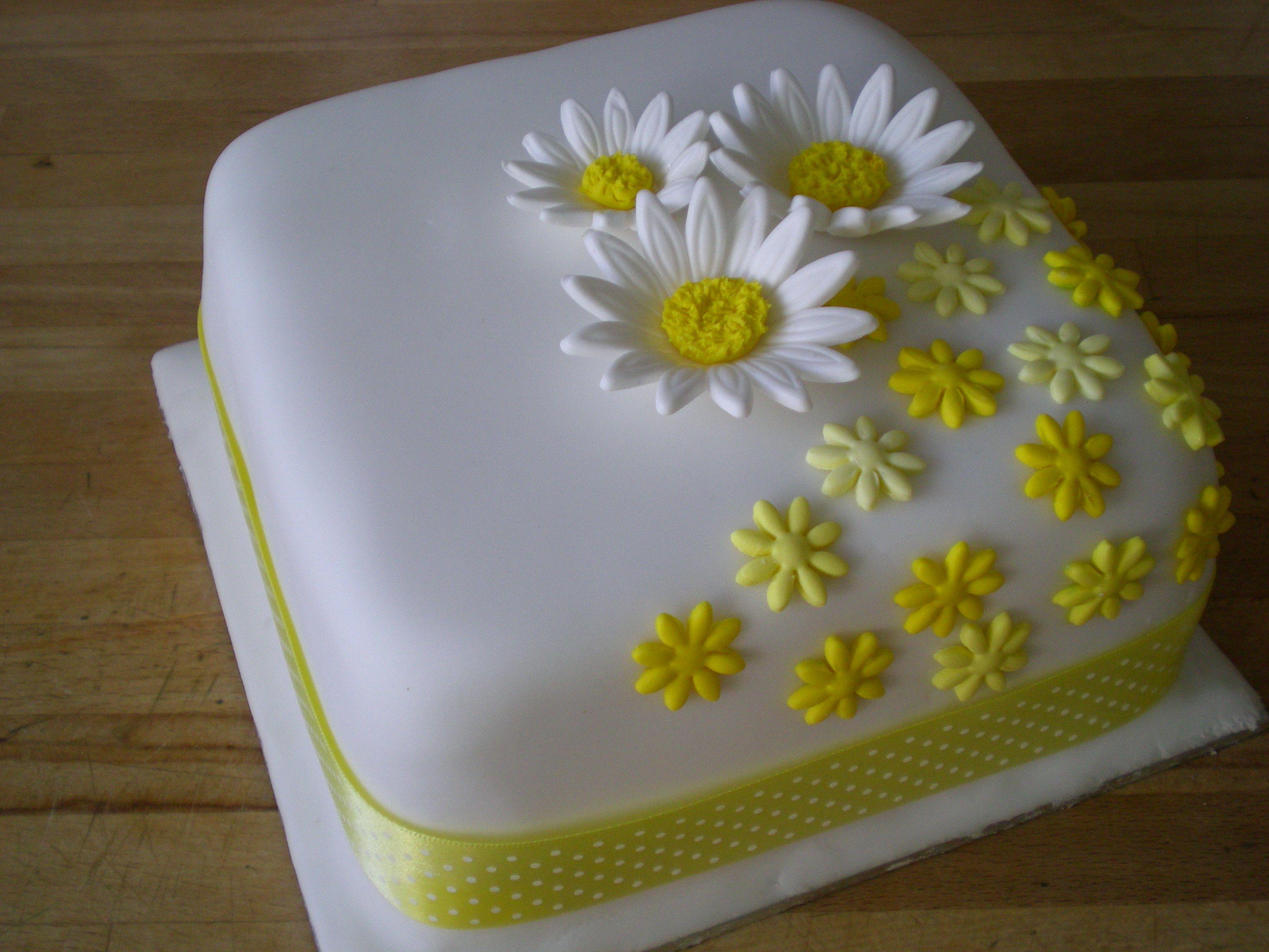 Awe Inspiring Daisy Birthday Cake Birthday Cakes For Women Birthday Cake Funny Birthday Cards Online Elaedamsfinfo