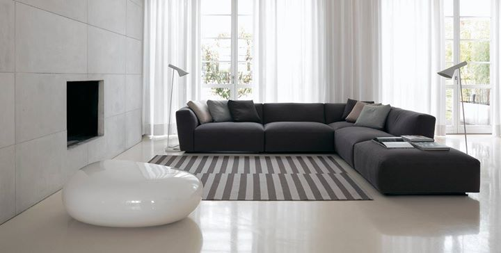Verzelloni Elliot Provides The Unique Experience Of Enjoying A Suspended Moment In The Flow Contemporary Designers Furniture Living Room Sofa Sofa Design Sofa Furniture