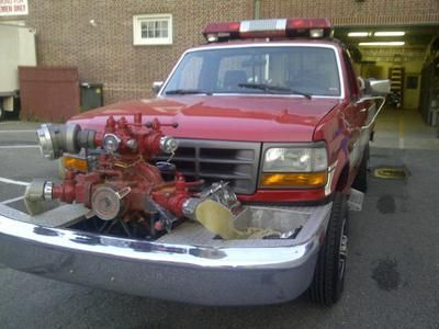 1993 F350 FORD 4X4 with Front Mount 750 GPM Darley Pump | Fire