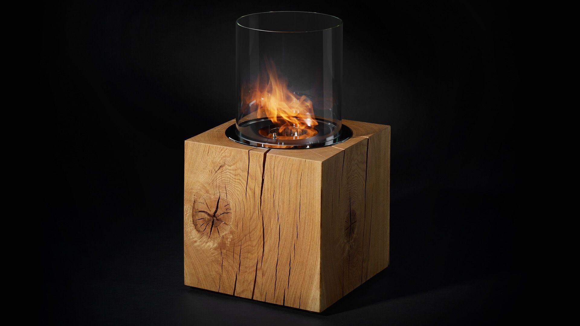 Design Feuerstelle In Kubus Aus Wunderschoner Wildeiche Feuerstelle Kaminfeuer Design