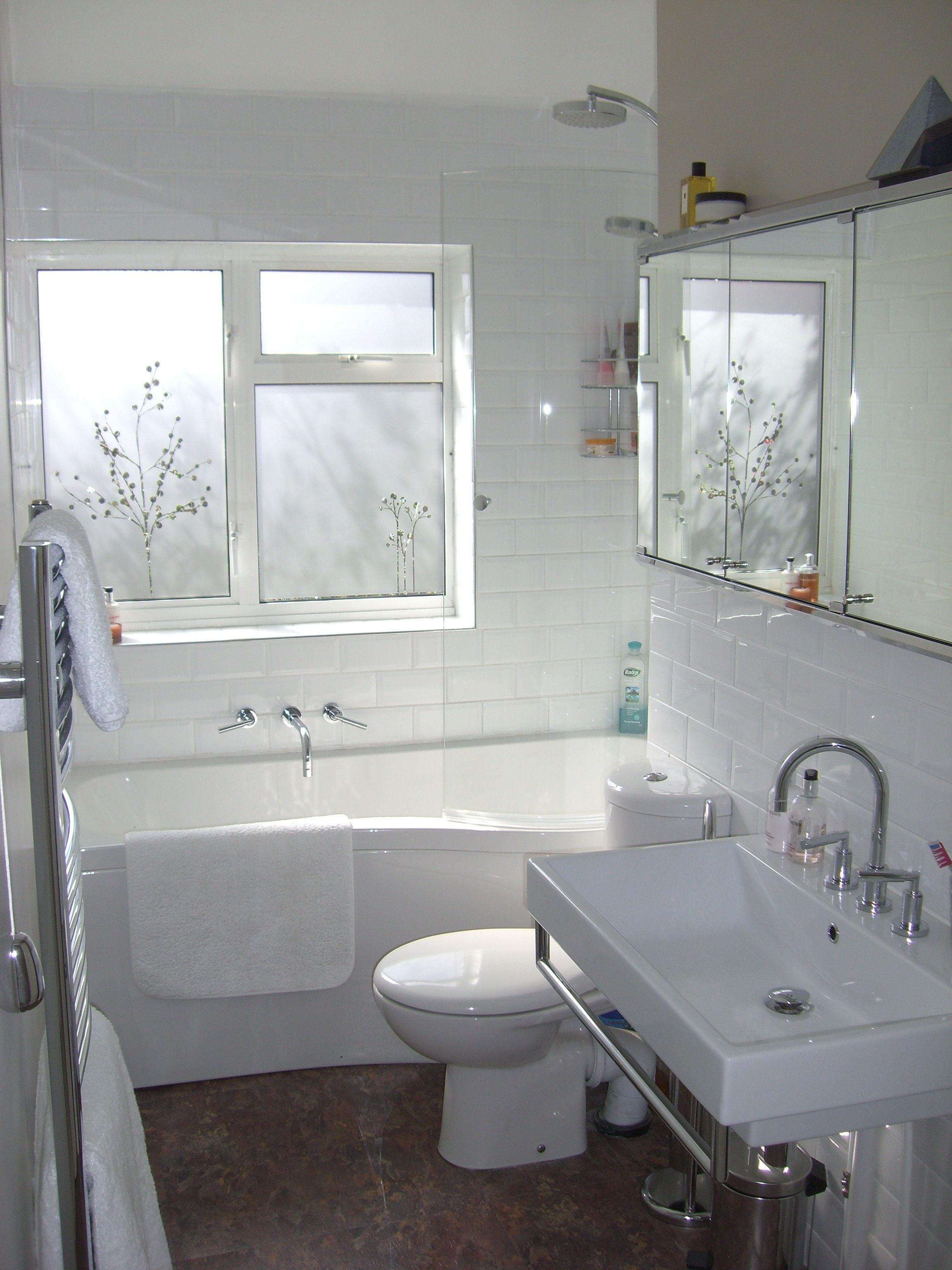 WhiteSmallBathroomRemodelingIdeas Badezimmer ohne