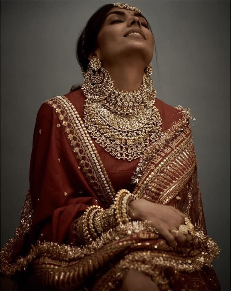 The Real Anushka Sharma Deepika Padukone Lehenga Cost Frugal2fab Indian Bridal Fashion Sabyasachi Lehenga Bridal Bridal Jewellery Indian