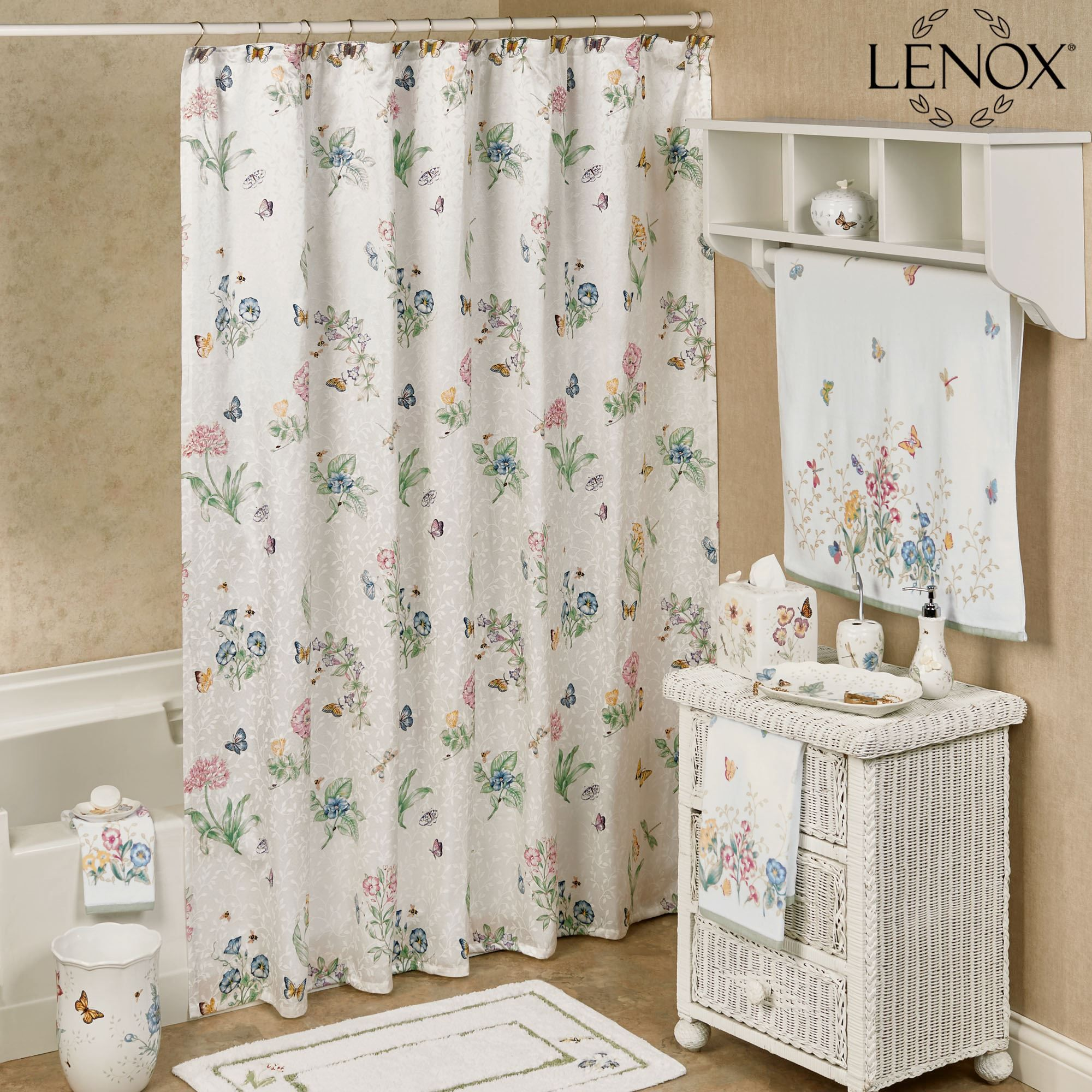 Awesome Ideas About Shower Curtain For Your Bathroom