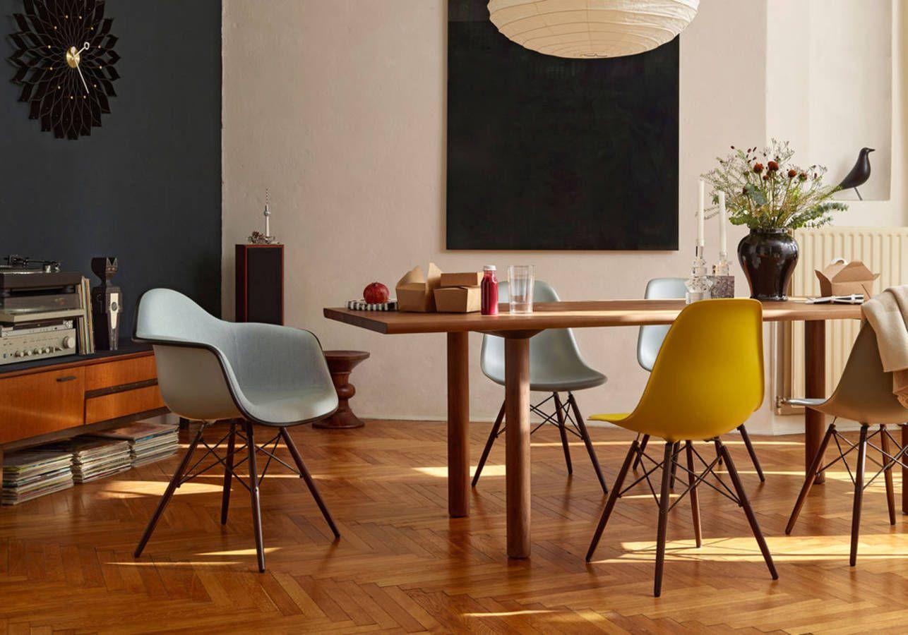 Les Meubles Design Cultes A Connaitre Elle Decoration Vitra Stuhl Eames Tisch Esszimmerstuhle