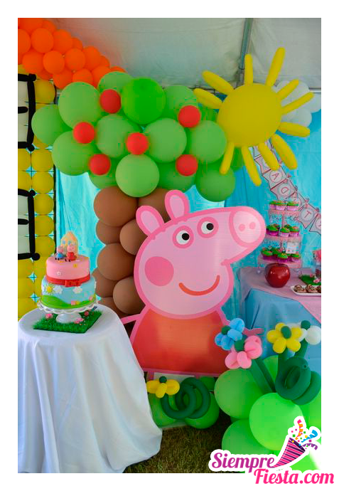 Ideas para fiesta de cumpleaños con los personajes de Peppa Pig (la Cerdita Peppa). Encuentra todos los artículos para tu fiesta en nuestra tienda en línea: http://www.siemprefiesta.com/fiestas-infantiles/ninas/articulos-de-peppa-pig.html?limit=all&utm_source=Pinterest&utm_medium=Pin&utm_campaign=Peppa