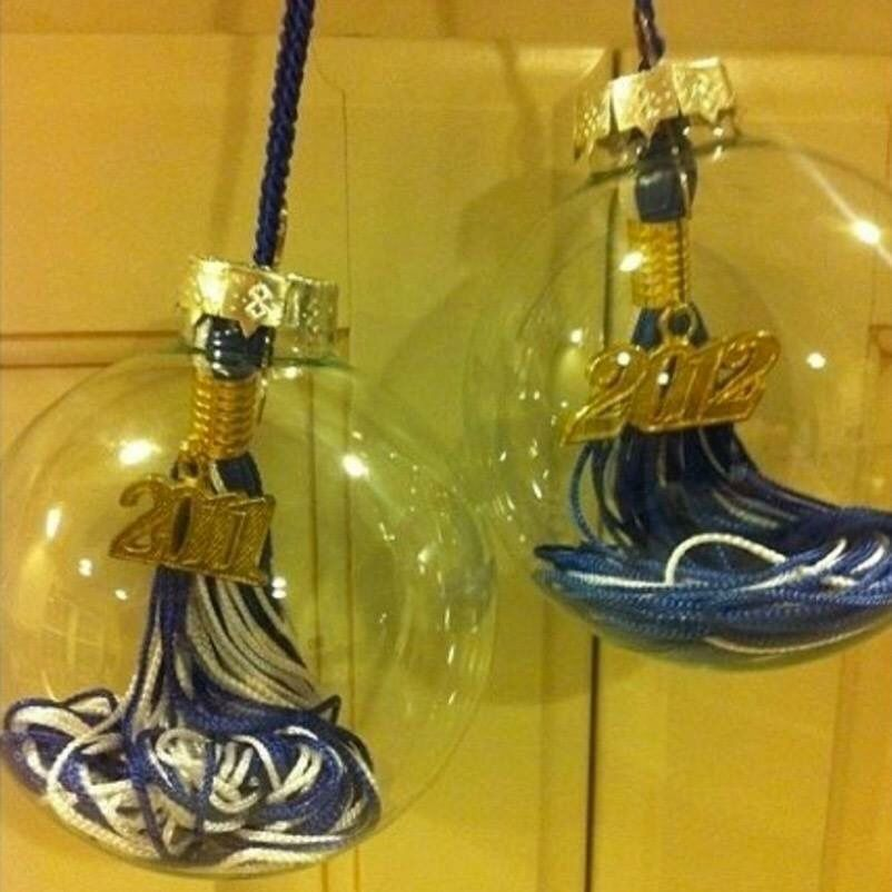 Turn a GRADUATION TASSEL into a CHRISTMAS ORNAMENT...this is such a great idea for a Keepsake!