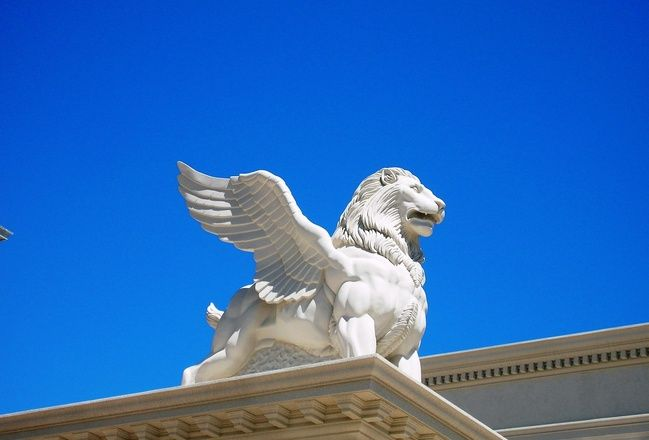 Lion with wings sculpture