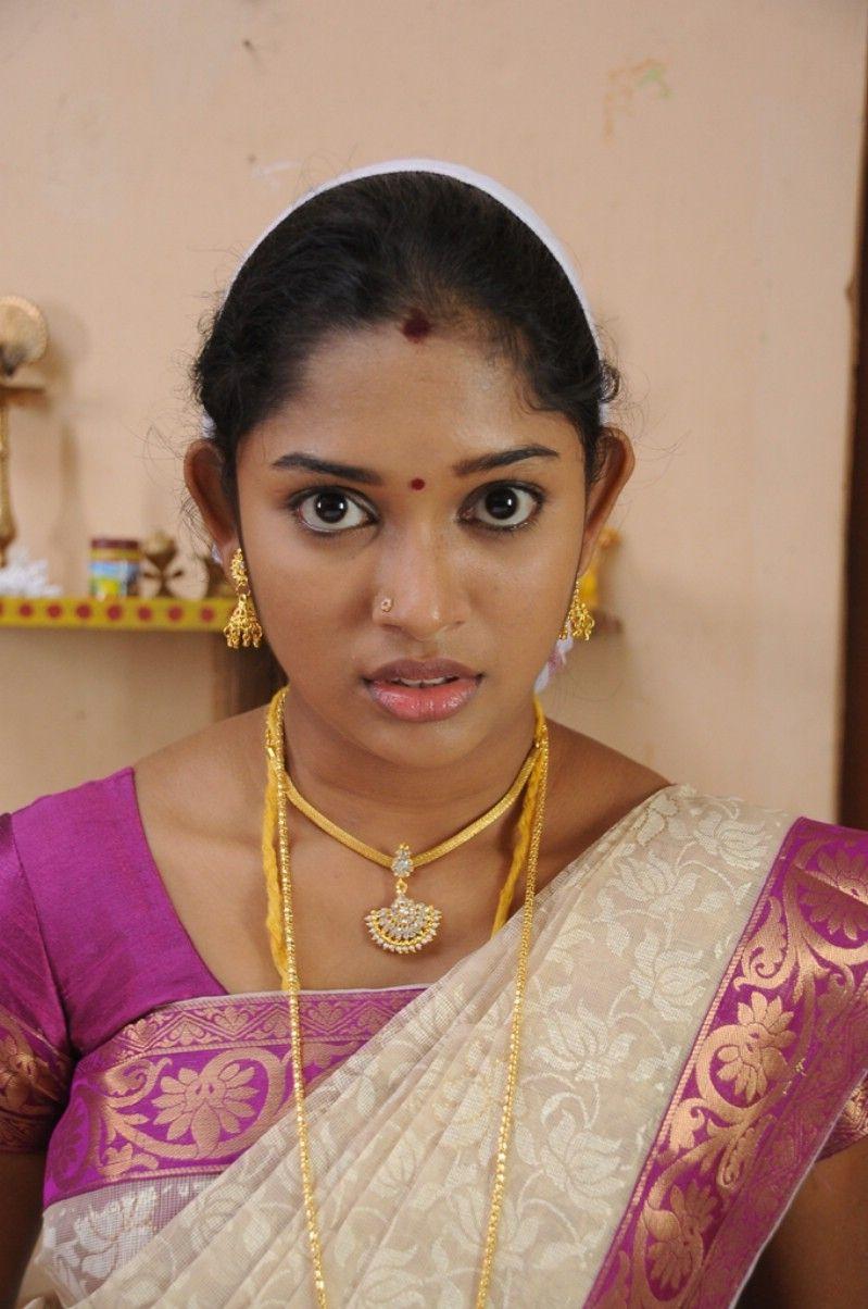 Tamil Actress Sri Priyanka Pictures Tamil actress