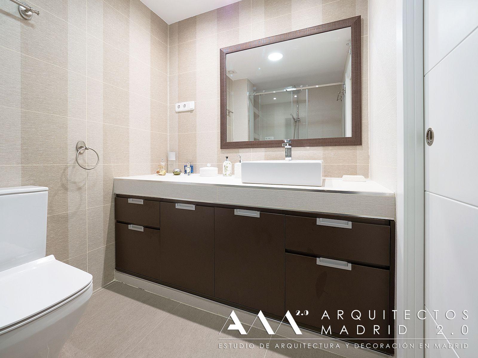 baños pequeños, muebles lavabo de madera y encimera de obra | Ideas ...