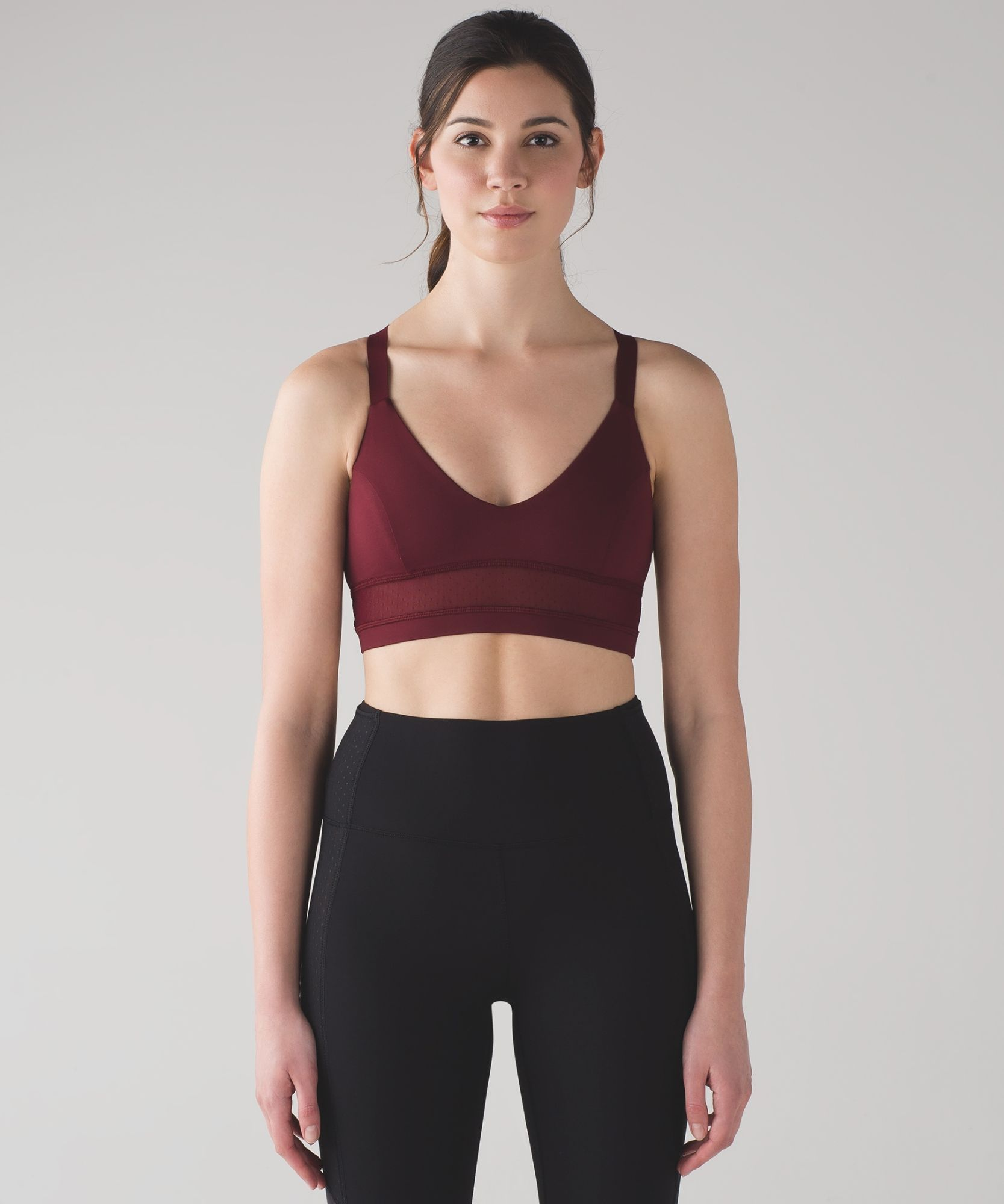 We designed this longline bra with breathable Mesh fabric