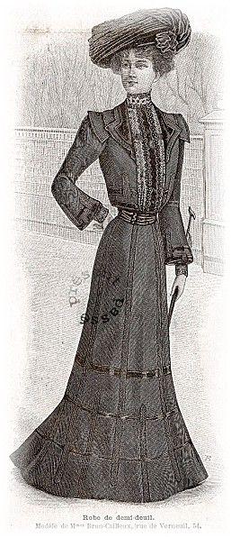 Robe de demi-deuil: half-mourning dress, Fashion illustration La