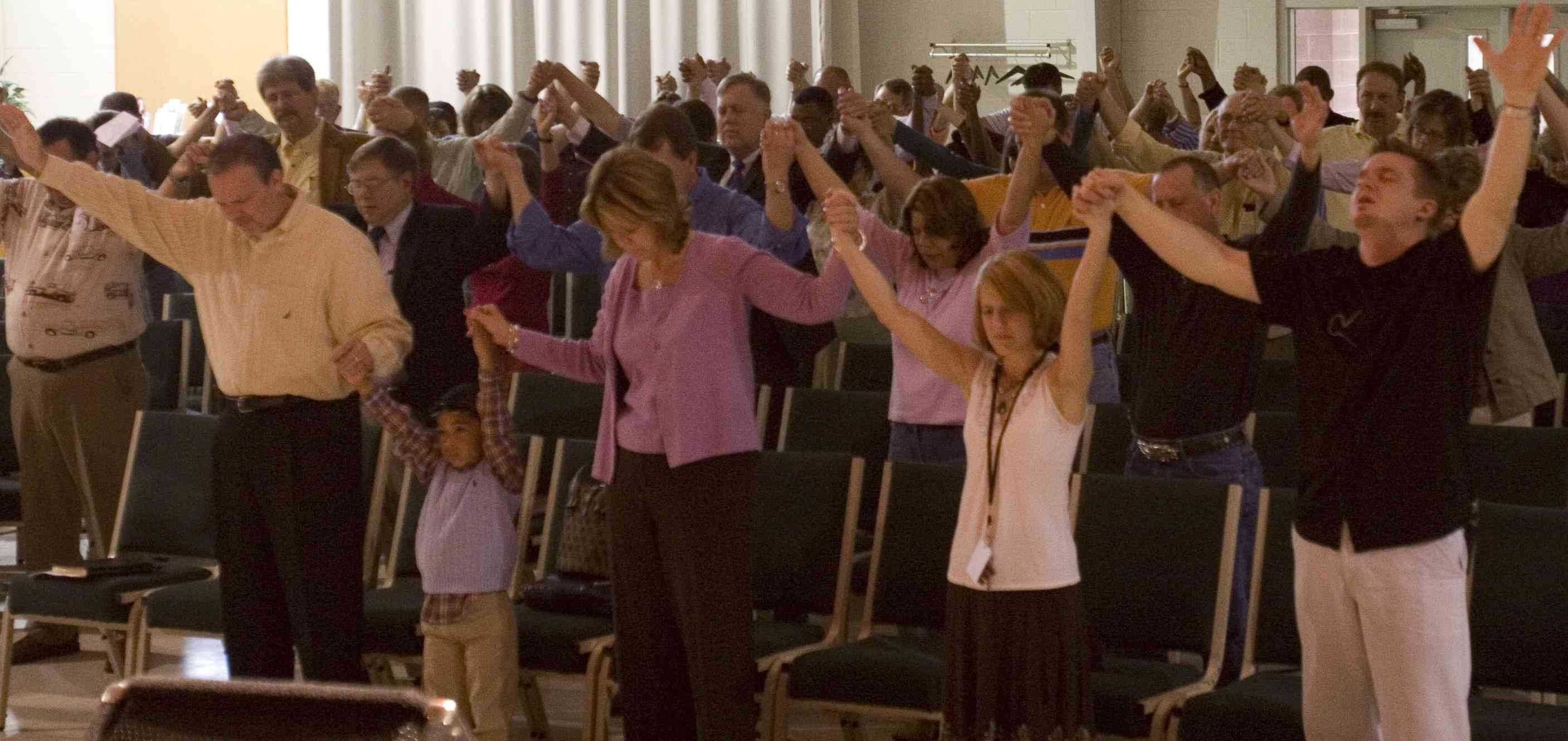 ...praising God unapologetically! | Worship! Expression of ...