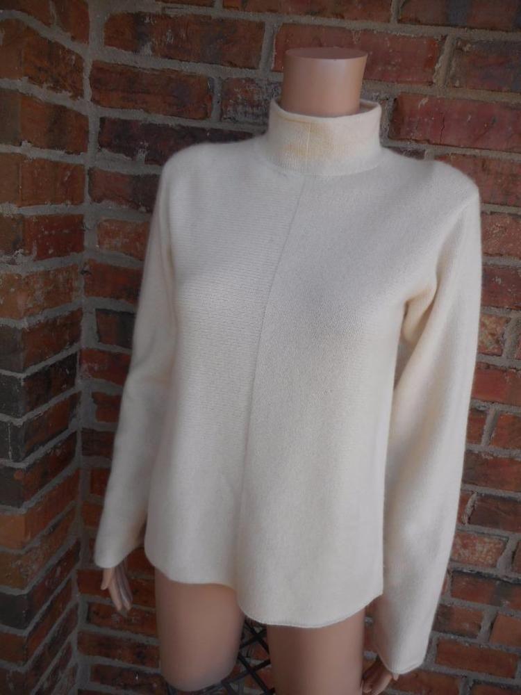 Neiman Marcus 100 Cashmere Turtleneck Sz M Soft Women Sweater Long
