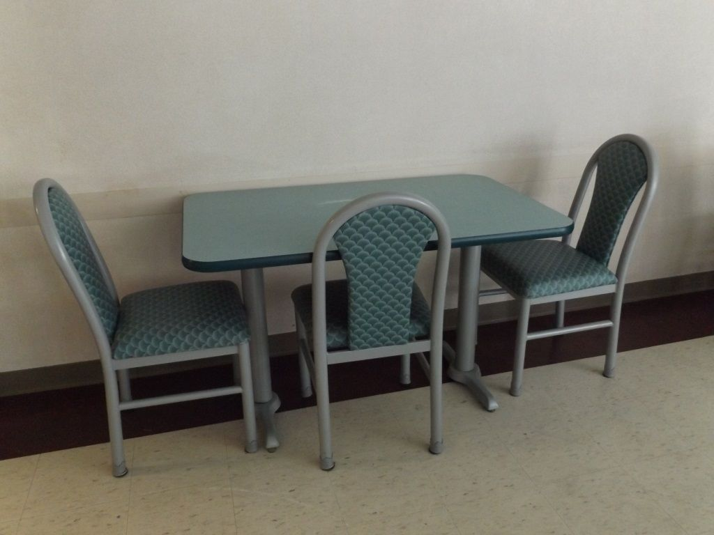 Mts Cafeteria Table W Three Chairs Cafeteria Table Chair Dining Chairs