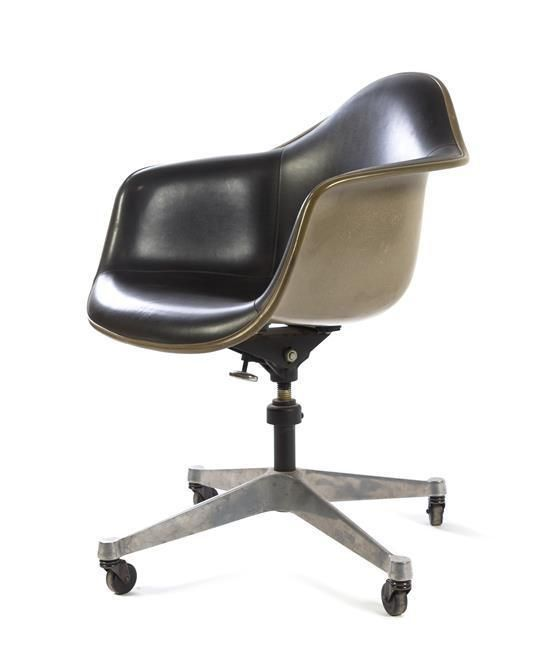 Charles and Ray Eames (American, 1907-1978; 1912-1988), HERMAN MILLER, a Shell office chair - Price Estimate: $150 - $250
