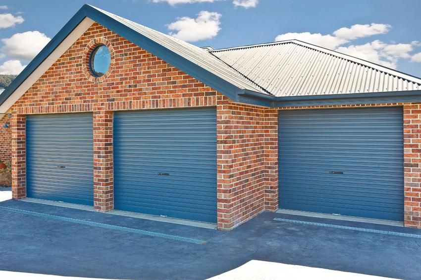 How Much Does A Brick Garage Cost Hipages Com Au Garage Doors Garage Door Design Residential Garage Doors