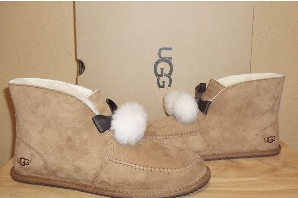 8b001f49caad UGG Australia Womens Kallen Pom Pom Booties Slipper Shoes Chestnut US 10   fashion  clothing  shoes  accessories  womensshoes  slippers (ebay link)